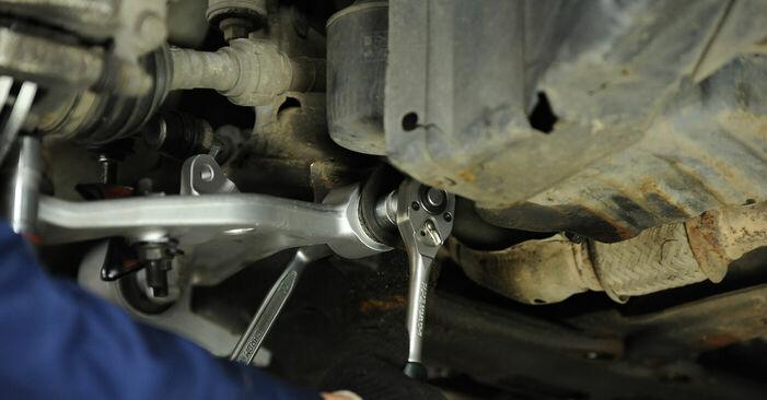 Querlenker Nissan X Trail t30 2.5 4x4 2003 wechseln: Kostenlose Reparaturhandbücher