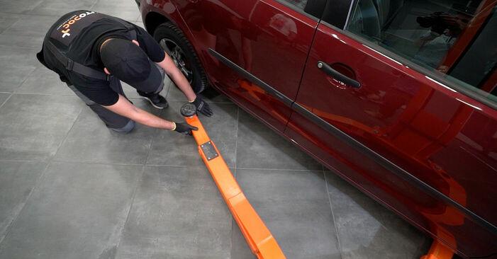 Kaip pakeisti VW POLO (9N_) 1.4 16V 2002 Stabdžių apkaba - išsamios instrukcijos ir vaizdo pamokos