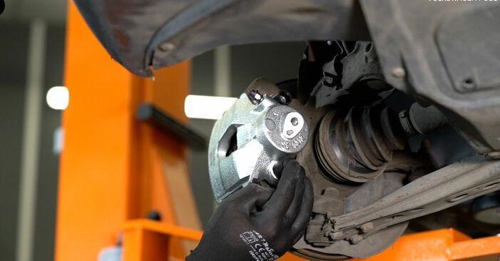 VW POLO 2008 Stabdžių apkaba išsami keitimo instrukcija