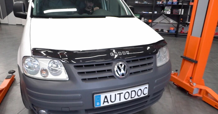 Tausch Tutorial Zündkerzen am VW CADDY III Estate (2KB, 2KJ, 2CB, 2CJ) 2004 wechselt - Tipps und Tricks