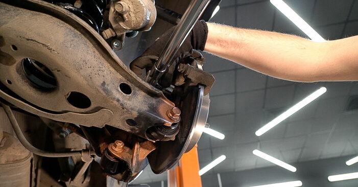 Byt Bromsskivor på TOYOTA RAV 4 III (ACA3_, ACE_, ALA3_, GSA3_, ZSA3_) 2.0 4WD (ZSA30_) 2008 själv