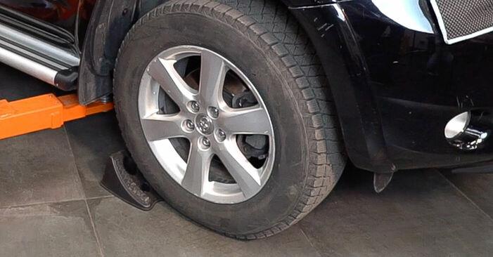 Wie Bremsscheiben TOYOTA RAV 4 III (ACA3_, ACE_, ALA3_, GSA3_, ZSA3_) 2.0 4WD (ACA30_) 2006 austauschen - Schrittweise Handbücher und Videoanleitungen