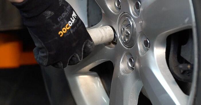 Bremsscheiben Toyota RAV4 III 2.2 D (ALA35_) 2007 wechseln: Kostenlose Reparaturhandbücher