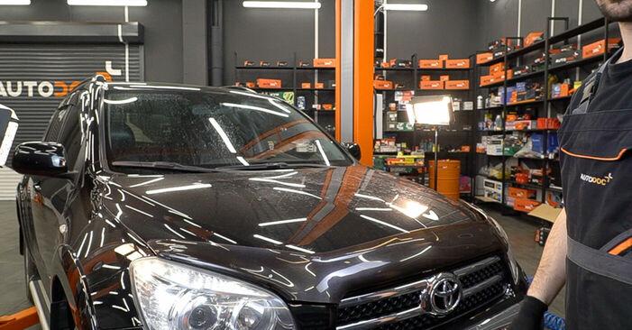 TOYOTA RAV4 2.0 4WD (ACA30_) Bremsbeläge ausbauen: Anweisungen und Video-Tutorials online