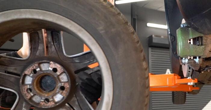 Så tar du bort VW GOLF 1.8 T 2001 Bromsok – instruktioner som är enkla att följa online