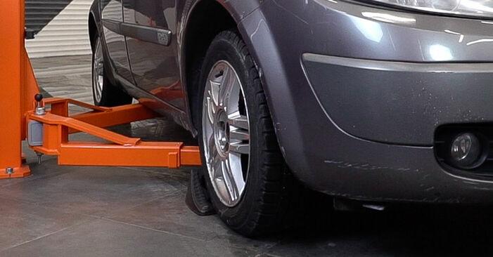 Renault Scenic 2 1.5 dCi 2005 Kuro filtras keitimas: nemokamos remonto instrukcijos
