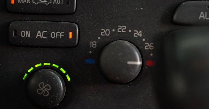 Pakāpeniski ieteikumi patstāvīgai Volvo V70 SW 2002 2.3 T5 Salona filtrs nomaiņai