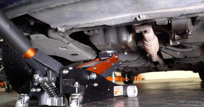 Самостоятелна смяна на OPEL ASTRA G Hatchback (F48_, F08_) 1.4 16V (F08, F48) 2000 Окачване на двигателя - онлайн урок