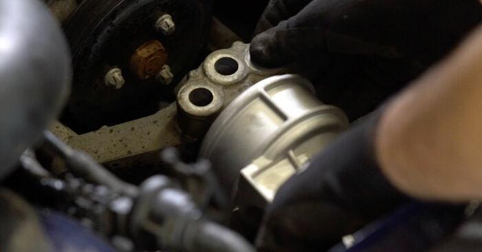 Manualul de înlocuire pas cu pas OPEL ASTRA 2005 Suport motor