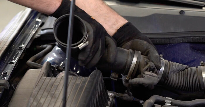 Как се сменя Окачване на двигателя на OPEL ASTRA G Hatchback (F48_, F08_) 2.0 DTI 16V (F08, F48) 2001 самостоятелно