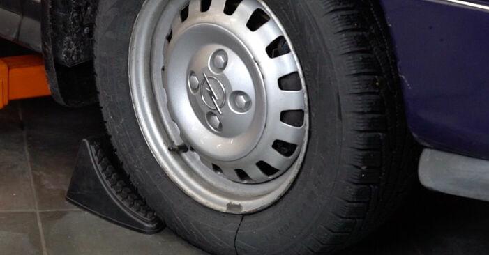 Opel Astra g f48 1.6 (F08, F48) 2000 Bremžu šļūtene nomaiņa: bezmaksas remonta rokasgrāmatas