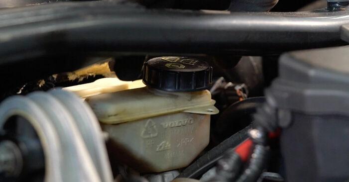 Wie Bremsscheiben Volvo V70 SW 2.4 1999 tauschen - Kostenlose PDF- und Videoanleitungen