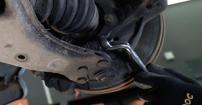 Cik grūti ir veikt Svira nomaiņu Opel Astra g f48 2.0 DI (F08, F48) 2004 - lejupielādējiet ilustrētu ceļvedi