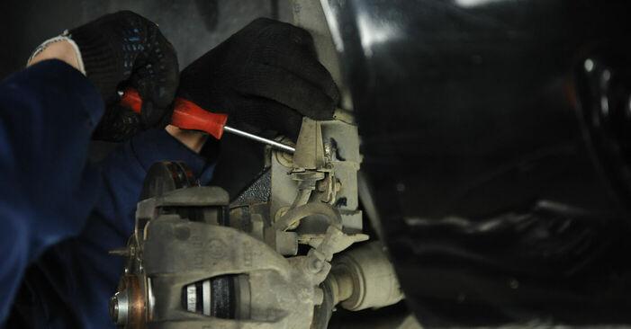 Как се сменя Тампон Макферсон на FIAT PUNTO (188) 1.9 JTD 80 2002 самостоятелно
