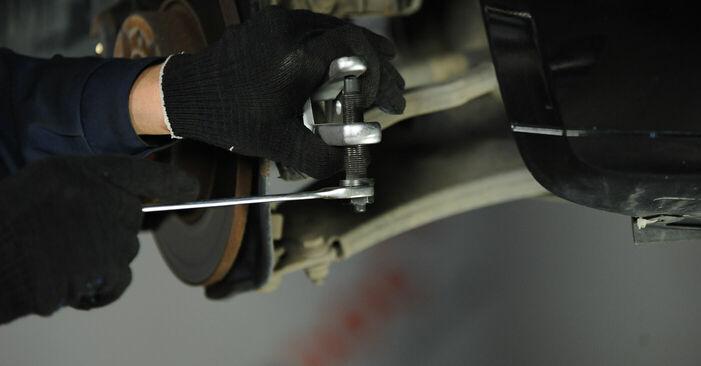 Spurstangenkopf beim MERCEDES-BENZ A-CLASS A 180 1.7 (169.032, 169.332) 2011 selber erneuern - DIY-Manual