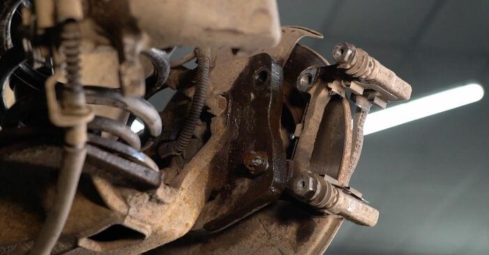 A-Class (W169) A 200 CDI 2.0 (169.008, 169.308) 2006 Brake Discs DIY replacement workshop manual