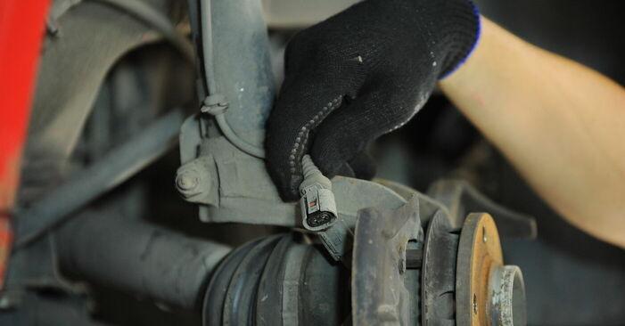 Wie man Radlager am VW GOLF IV (1J1) 2000 ersetzt - Hinweise und Ratschläge