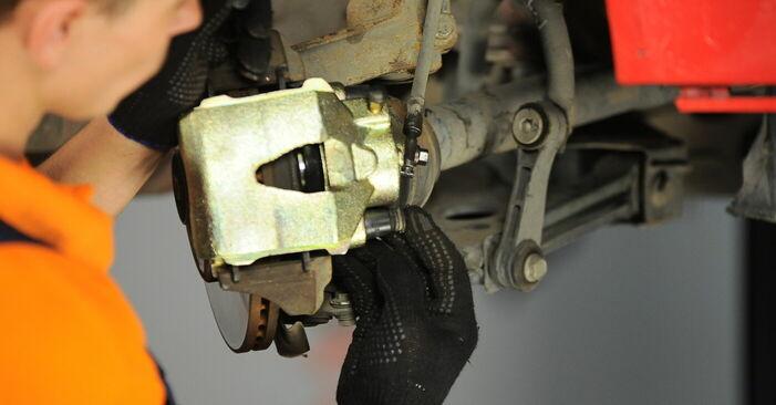 Wie problematisch ist es, selber zu reparieren: Radlager beim Golf 4 1.4 16V 2003 auswechseln – Downloaden Sie sich bebilderte Tutorials