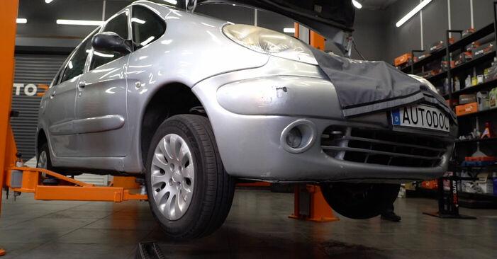 Koppelstange Citroen Xsara Picasso 1.8 16V 1999 wechseln: Kostenlose Reparaturhandbücher