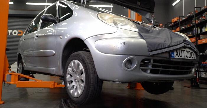 Spurstangenkopf Citroen Xsara Picasso 1.8 16V 1999 wechseln: Kostenlose Reparaturhandbücher