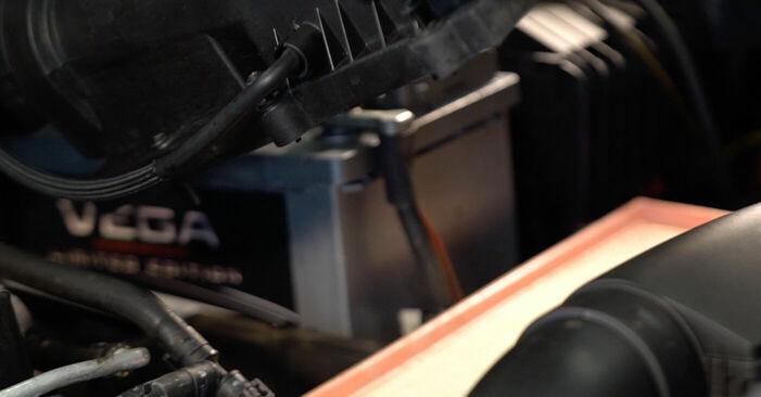 Zamenjajte Zracni filter na VW TOURAN (1T1, 1T2) 1.4 TSI 2006 sami