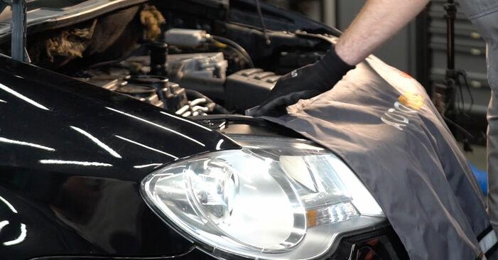 Hoe Multiriem VW TOURAN (1T1, 1T2) 1.9 TDI 2004 vervangen – stap voor stap leidraden en video-tutorials