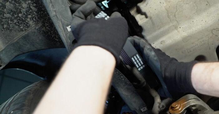 Ako odstrániť VW TOURAN 1.6 FSI 2007 Klinový rebrovaný remen - online jednoduché inštrukcie