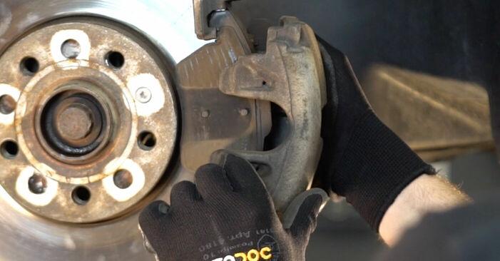 Ersetzen Sie Bremsscheiben am Touran 1t1 1t2 2005 1.9 TDI selbst