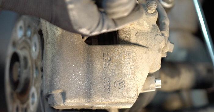 Wie lange braucht der Teilewechsel: Bremsscheiben am Touran 1t1 1t2 2003 - Einlässliche PDF-Wegleitung