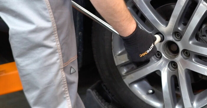 Sustitución de Pastillas De Freno en un Touran 1t1 1t2 2.0 TDI 16V 2005: manuales de taller gratuitos