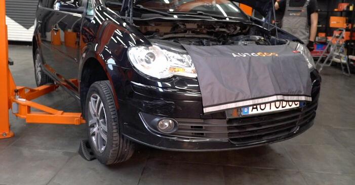 Zamenjajte Zavorne Ploščice na VW TOURAN (1T1, 1T2) 1.4 TSI 2006 sami