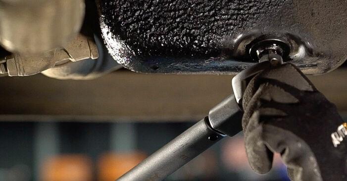 Ölfilter Ihres Fiat Doblo Cargo 1.6 16V 2009 selbst Wechsel - Gratis Tutorial
