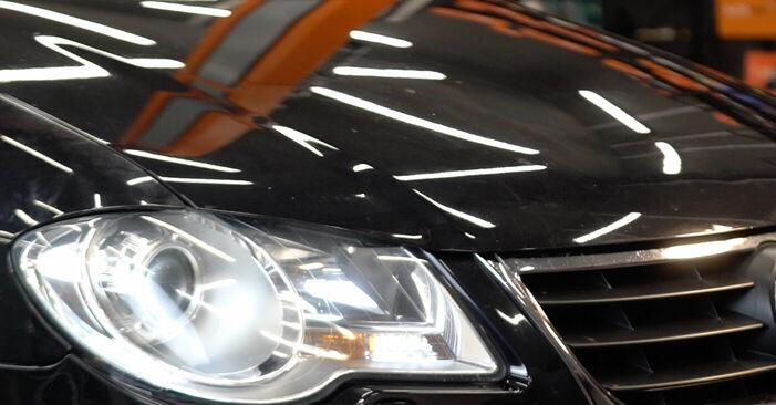 Wie man Federn am VW TOURAN (1T1, 1T2) 2008 wechselt – Laden Sie sich PDF-Wegleitungen und Videoanweisungen herunter