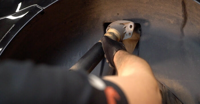 Touran 1t1 1t2 2.0 TDI 16V 2005 Stoßdämpfer wechseln: Kostenfreie Reparaturwegleitungen
