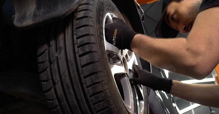 Wie man VW TOURAN (1T1, 1T2) 1.9 TDI 2004 Stoßdämpfer austauscht - Schrittweise Handbücher und Videowegleitungen