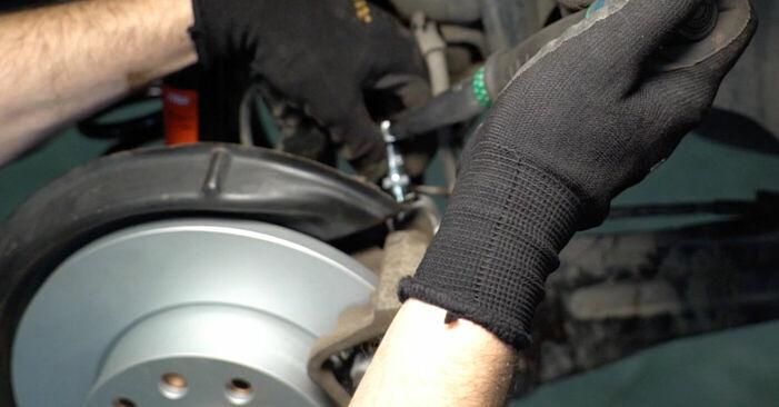 Wie man Bremssattel am VW TOURAN (1T1, 1T2) 2007 wechselt - Hinweise und Ratschläge