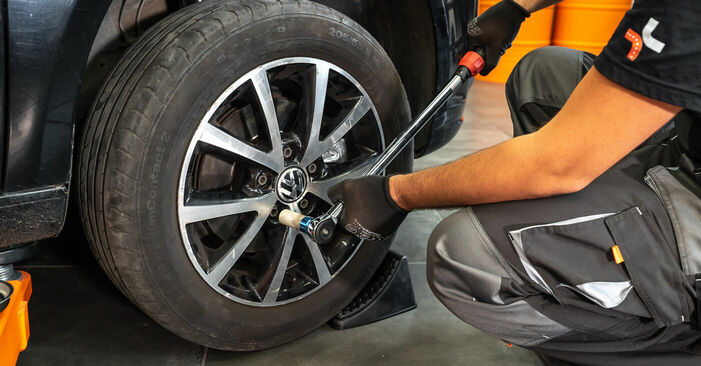 DIY replacement of Brake Calipers on VW TOURAN (1T3) 1.4 TSI 2012 is not an issue anymore with our step-by-step tutorial