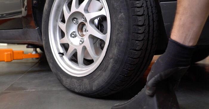 Mennyi ideig tart a csere: Fékbetét Ford Focus mk2 Sedan 2012 - tájékoztató PDF útmutató