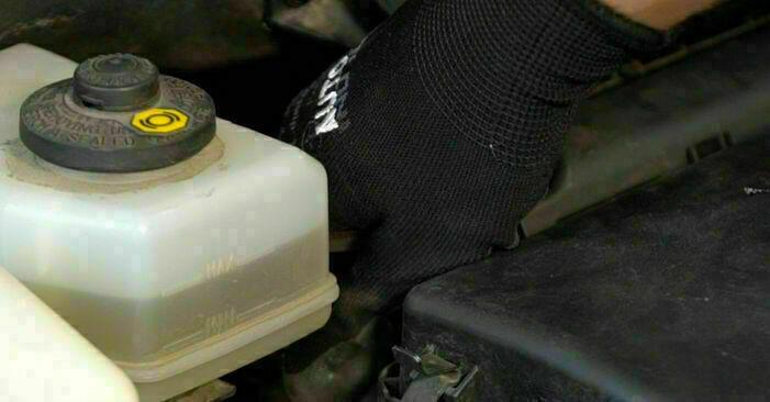Så lång tid tar det att byta Oljefilter på Toyota Prius 2 2003 – informativ PDF-manual