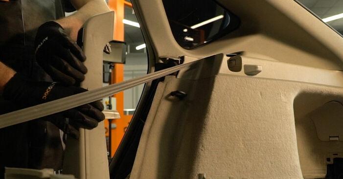Byt Stötdämpare på Toyota Prius 2 2006 1.5 (NHW2_) på egen hand