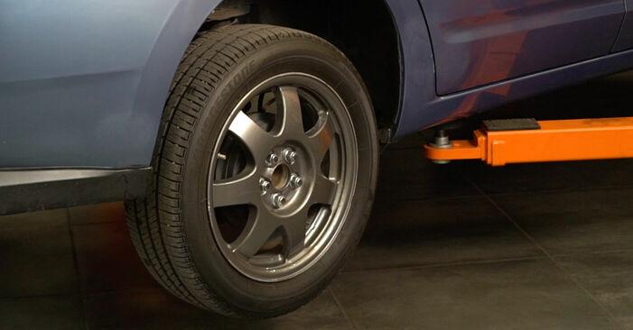 Byt Stötdämpare på TOYOTA PRIUS Hatchback (NHW20_) 1.5 Hybrid (NHW2_) 2006 själv