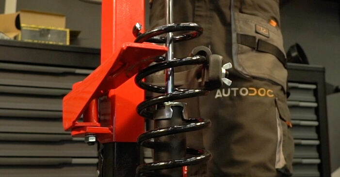 Så svårt är det att göra själv: Byt Stötdämpare på Toyota Prius 2 1.5 (NHW2_) 2009 – ladda ned illustrerad guide