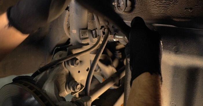 Byta Toyota Prius 2 1.5 Hybrid (NHW2_) 2005 Stötdämpare: gratis verkstadsmanualer