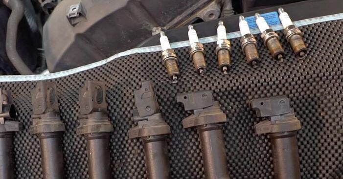 Zündkerzen BMW E92 335d 3.0 2007 wechseln: Kostenlose Reparaturhandbücher