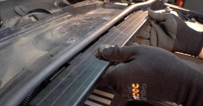 Schritt-für-Schritt-Anleitung zum selbstständigen Wechsel von BMW E92 2009 325i 2.5 Zündkerzen