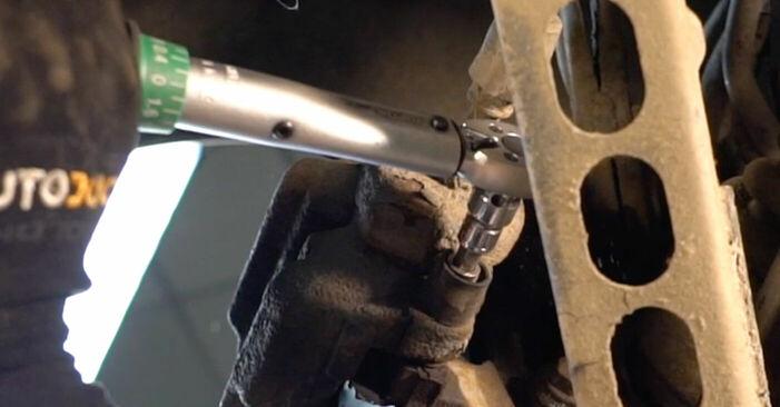 Bremsbeläge am BMW 3 Coupe (E92) M3 4.0 2009 wechseln – Laden Sie sich PDF-Handbücher und Videoanleitungen herunter