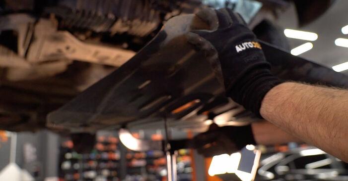 Schritt-für-Schritt-Anleitung zum selbstständigen Wechsel von VW TRANSPORTER IV Bus (70XB, 70XC, 7DB, 7DW) 2003 2.5 TDI Syncro Getriebeöl und Verteilergetriebeöl