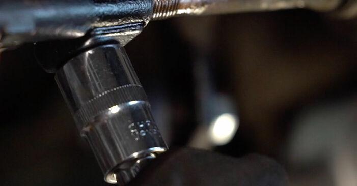 Wechseln Spurstangenkopf am BMW 3 Coupe (E92) 330d 3.0 2009 selber