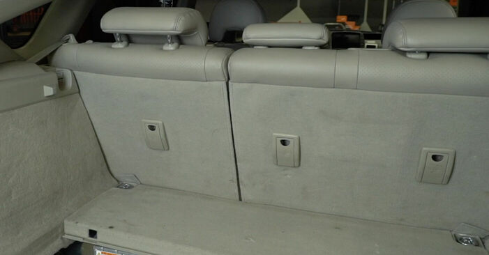 Toyota Prius 2 1.5 Hybrid (NHW2_) 2005 Piekare nomaiņa: bezmaksas remonta rokasgrāmatas