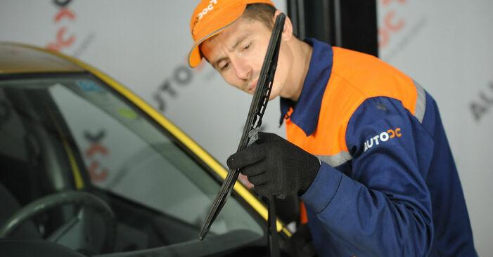 Wymiana Toyota Yaris p1 1.4 D-4D (NLP10_) 2001 Pióro wycieraczki: darmowe instrukcje warsztatowe